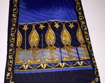 Vintage DeSantis silk tie w/ rich, vivid hues of blue & gold necktie