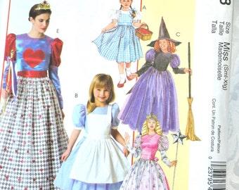 McCall's Miss Halloween costume pattern, Miss Size S -XL Adult Costume Pattern uncut, Princess Pattern, Witch Pattern, Wizard of Oz costume