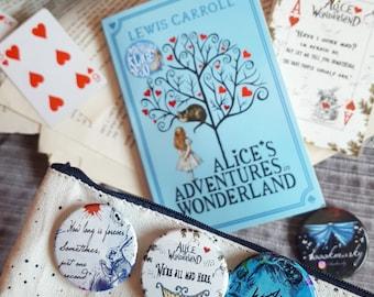 Pack 3 badges Alices in Wonderland - Handmade