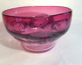 Blown glass bowl to implosion