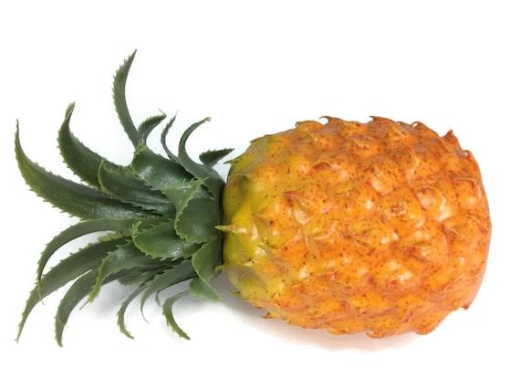 Pineapple artificial lifelike simulation faux fake fruit for Artificial pineapple decoration fruit