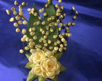 Vintage Flower Pin/Brooch