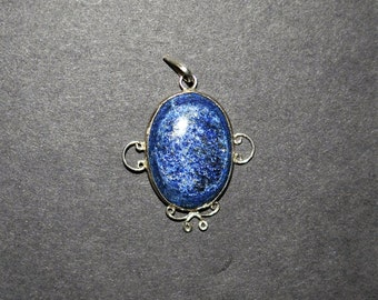 Lapis Lazuli and 925 Sterling Silver bezel maounted pendant with wire design border