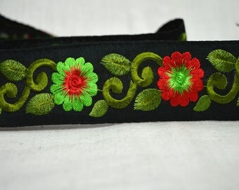 Red Green Silk Sari Border Fabric Trim By The Yard, Embroidered fabric trims and embellishments, Decorative Trim, Fashion Trim, costume trim