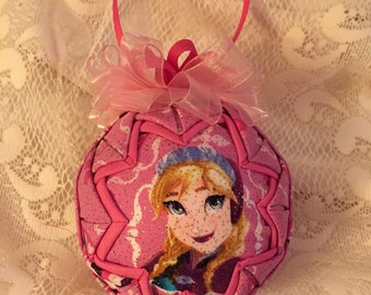 Quilted ornament, Anna  .  Christmas.Frozen .