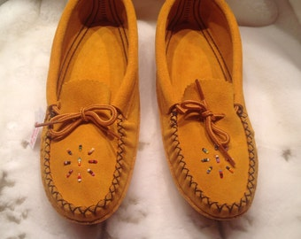 Slippers Beautiful And confortable Moccasins for woman