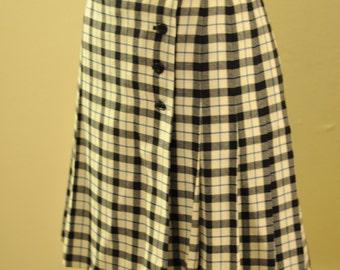 1990's Vintage Mondi wool plaid short pleated skirt