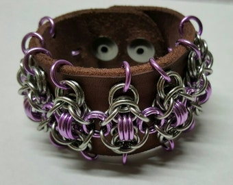 Leather chainmaile cuff