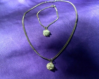 1960's Little Girls White Rose Necklace and Bracelet