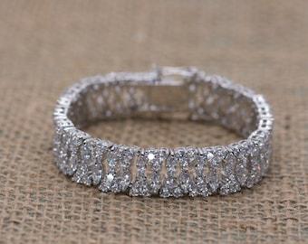 Elegant Bracelet, Sparkly Bracelet, Cubic Zirconia Bracelet, Wedding Bracelet, Bridal Bracelet, Bridesmaid Bracelet, Wedding Accessories