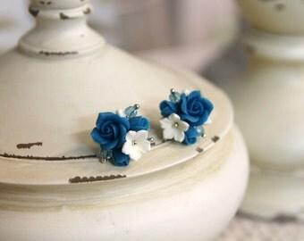 Handmade flower earrings, flower studs, handmade jewelry, flower jewelry, gift to her, bridesmaid, floral earrings, unique blue earrings