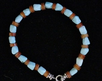 7-1/2'' Turquoise and Carnelian bracelet.