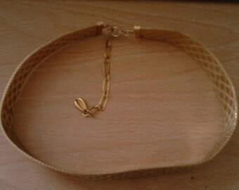 vintage mesh style necklace/choker