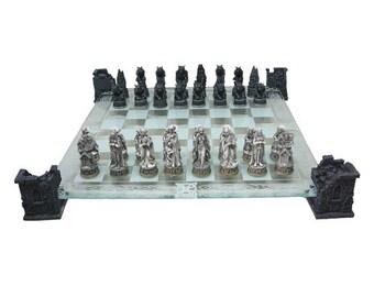 Vampire & Werewolf Chess Set