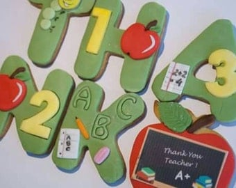 Set of cookies Thank you Teacher  in the box 23cm / 17cm