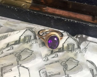 Antique Victorian amethyst and 9k gold ring