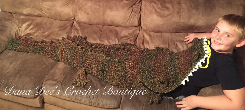 Free Crochet Pattern For Alligator Blanket : Crochet Alligator Blanket
