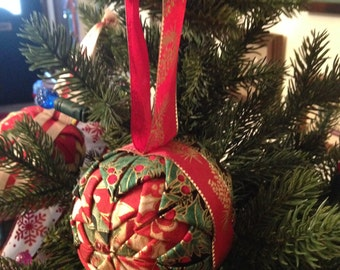 Quilted Holly Christmas Ornament