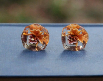 Vintage Estate Reverse Carved Lucite Orchid Motif Earrings