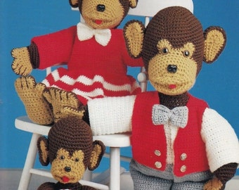 The Chimp Family, Annie's Attic Toy Crochet Pattern Club Booklet 8B023 Papa Mama Baby Doll Monkeys with Clothes RARE