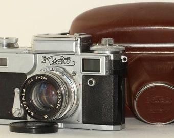 Kiev-4. (Tipe 3). USSR. Rangefinder Camera. Jupiter-8M. Lens 2/50