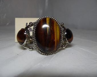 Adjustable Cats Eye Bracelet