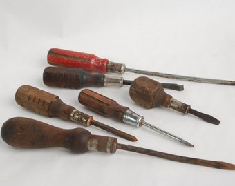 Vintage lot of wooden handle tools