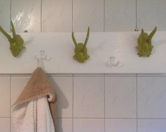 Wardrobe, towel racks or decorative antler