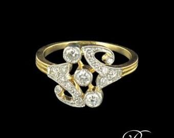Yellow Gold Ring platinum diamond pattern
