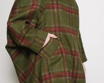 Wool coat women Asymmetric oversized blanket wool coat Green and red checked coat Asymmetric coat Oversized coat Blanket coat Plaid coat