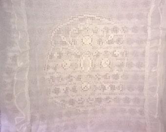A fantastic Batiste pillowcase