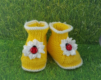 Lady bug baby booties ,  Yellow Booties  knitted booties handmade, baby gift,baby, newborn gift, gift,  personalized gift