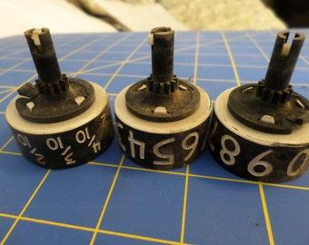 old small vintage cog/gear number wheel set for steampunk crafts