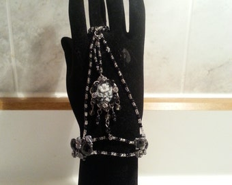 Flower Cameo Slave Bracelet