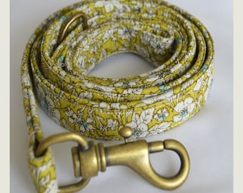 Green Floral Leash