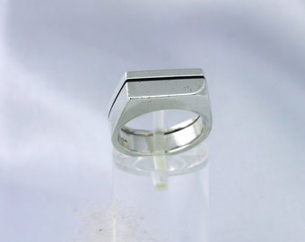 Silver cast ring