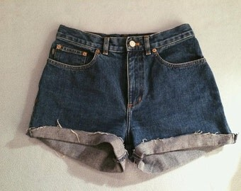 Size 6, High waisted shorts
