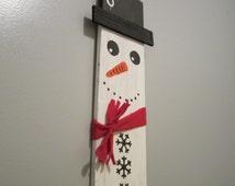 Pallet Snowman, Wooden Snowman, Wood Snowman, Snowman, Snowman Yard Decor, Christmas Wood Pallets, Pallet Christmas, Wooden Yard Signs