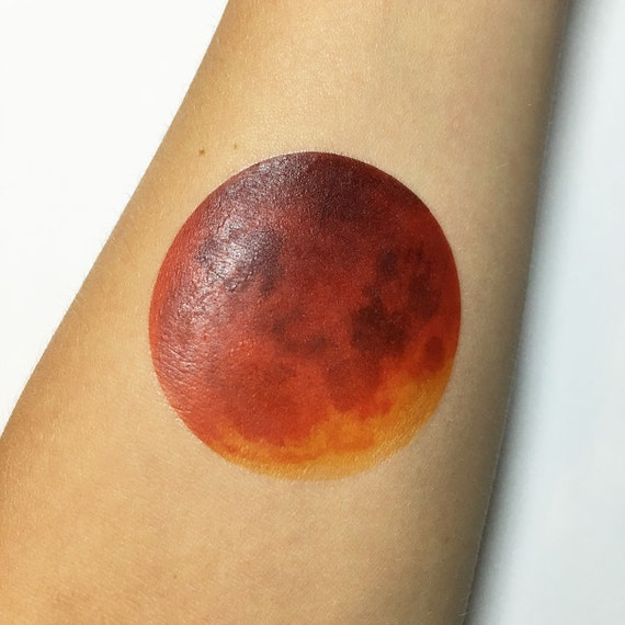 red moon tattoo - photo #26