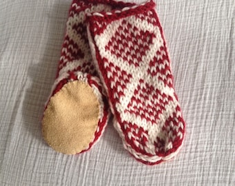 Baby Mukluks (Red, White)