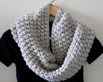 Chunky Scarf, Beige Scarf, Crochet Scarf, Oatmeal, Crochet Cowl, Infinity Scarf, Ivory Scarf, White Scarf, Knitted Scarf, Handmade Scarf