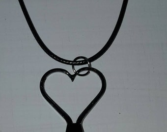 Horseshoe Nail Heart Necklace, BLACK