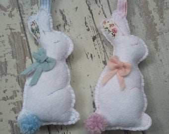Hanging bunny's pink or blue