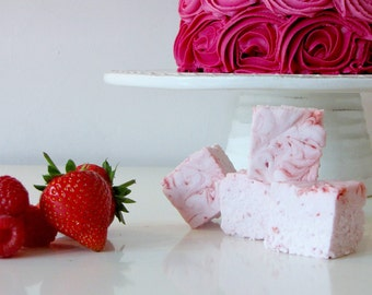 Raspberry and Strawberry Gourmet Marshmallows