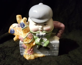 Humpty Dumpty Teapot w/Lid (Feitx) Fairytale Ceramic