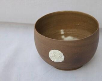 Ceramic and porcelain bowl