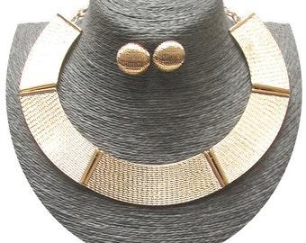 Textured metal choker necklace set (GOLD)