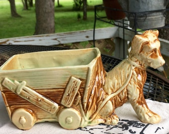 McCoy dog planter