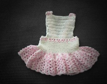 Handmade crochet newborn dress/Newborn pink dress/Newborn photo props/pink & white girls dress/Newborn pink, white baby dress