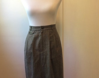 Vintage 1980's Wool Houndstooth Plaid Skirt
